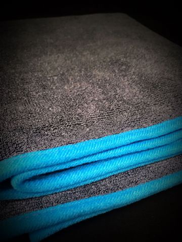 Twisted Loop Drying Towel
